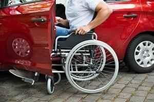 Handicap et aptitude à la conduite automobile