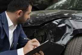 rôle expert automobile