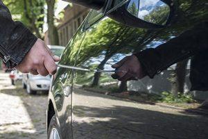 Dégâts sur la voiture consécutifs à une manifestation ou une grève