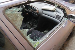 Que faire en cas de vandalisme sur ma voiture ?